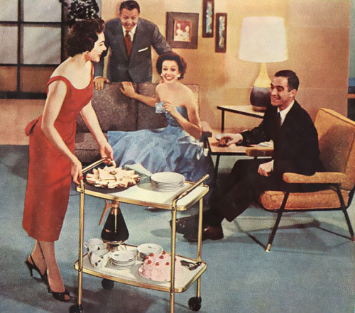 Three Tips for Throwing a 1950s Dinner Party