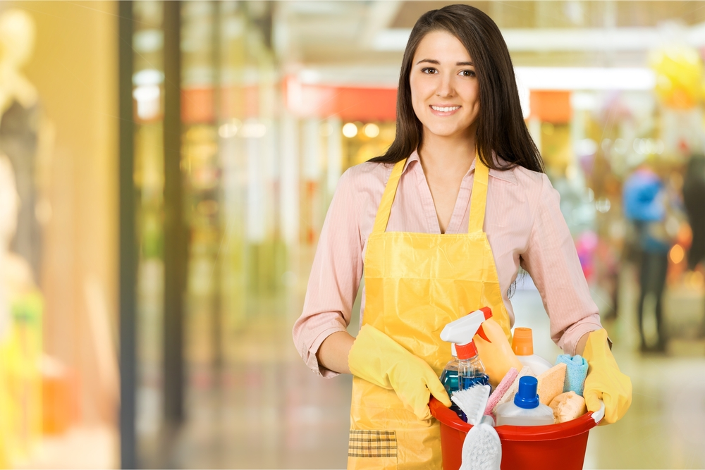 How to Safely Store Cleaning Equipment with Children in the Home